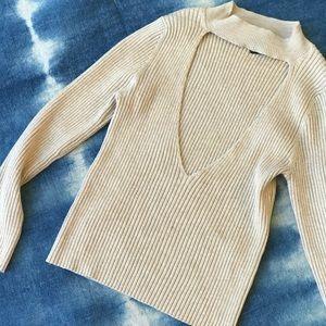 Knitted chocker